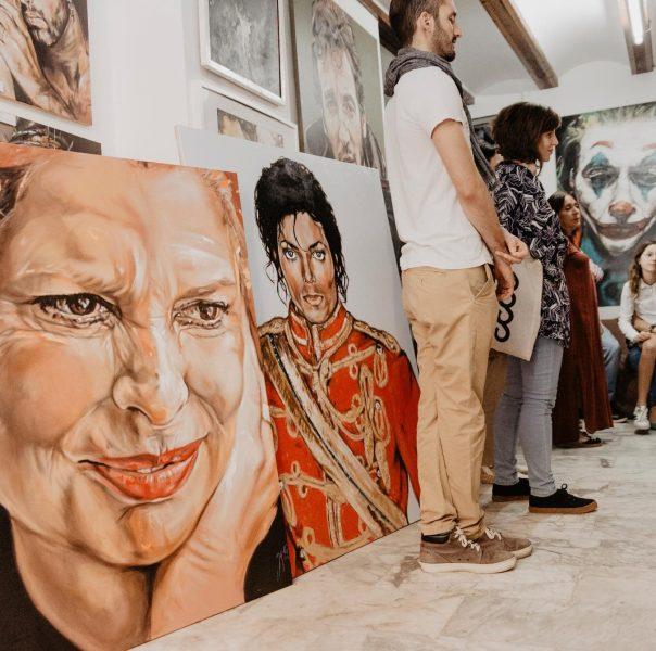 EXPOSICIONS I ARTISTES